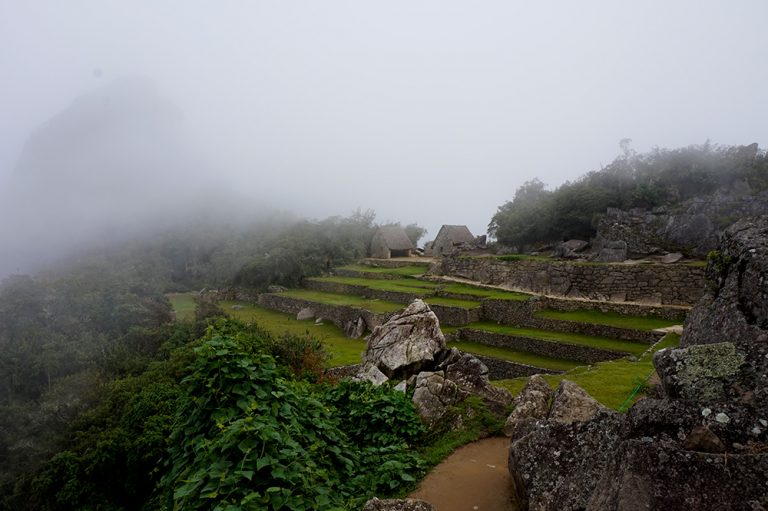 Machu Picchu Cloudy no tourists