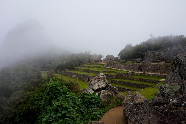 Machu Picchu Cloudy no tourists