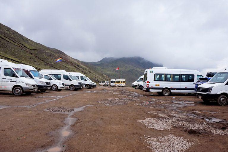 Parking lot Rainbow mountain