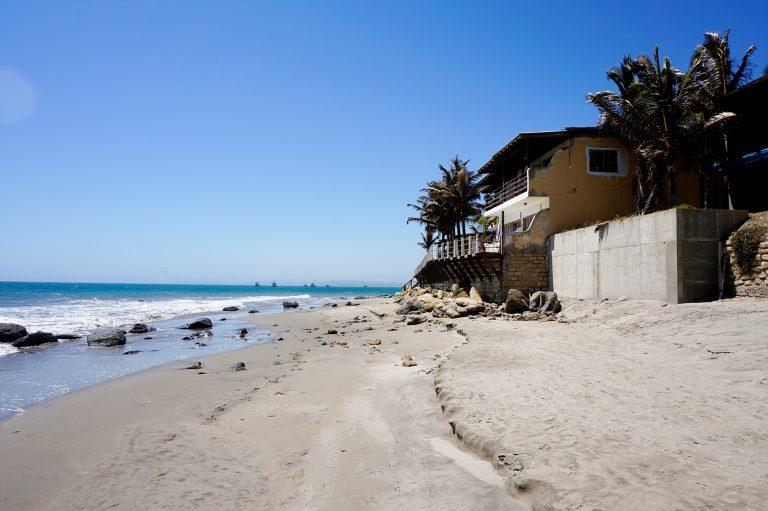 Las Pocitas Beach Mancora