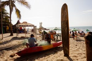 Learn to surf Mancora Peru